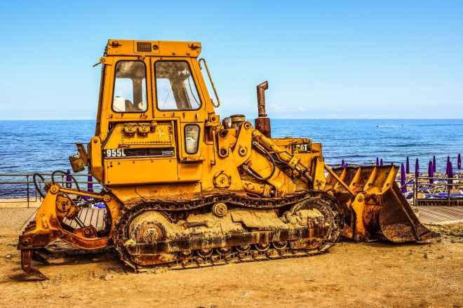 bucket bulldozer engine equipment