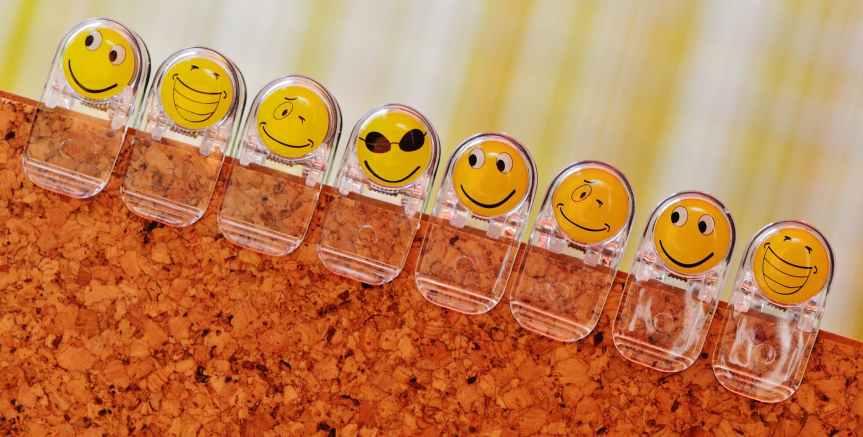 clear emoji clips