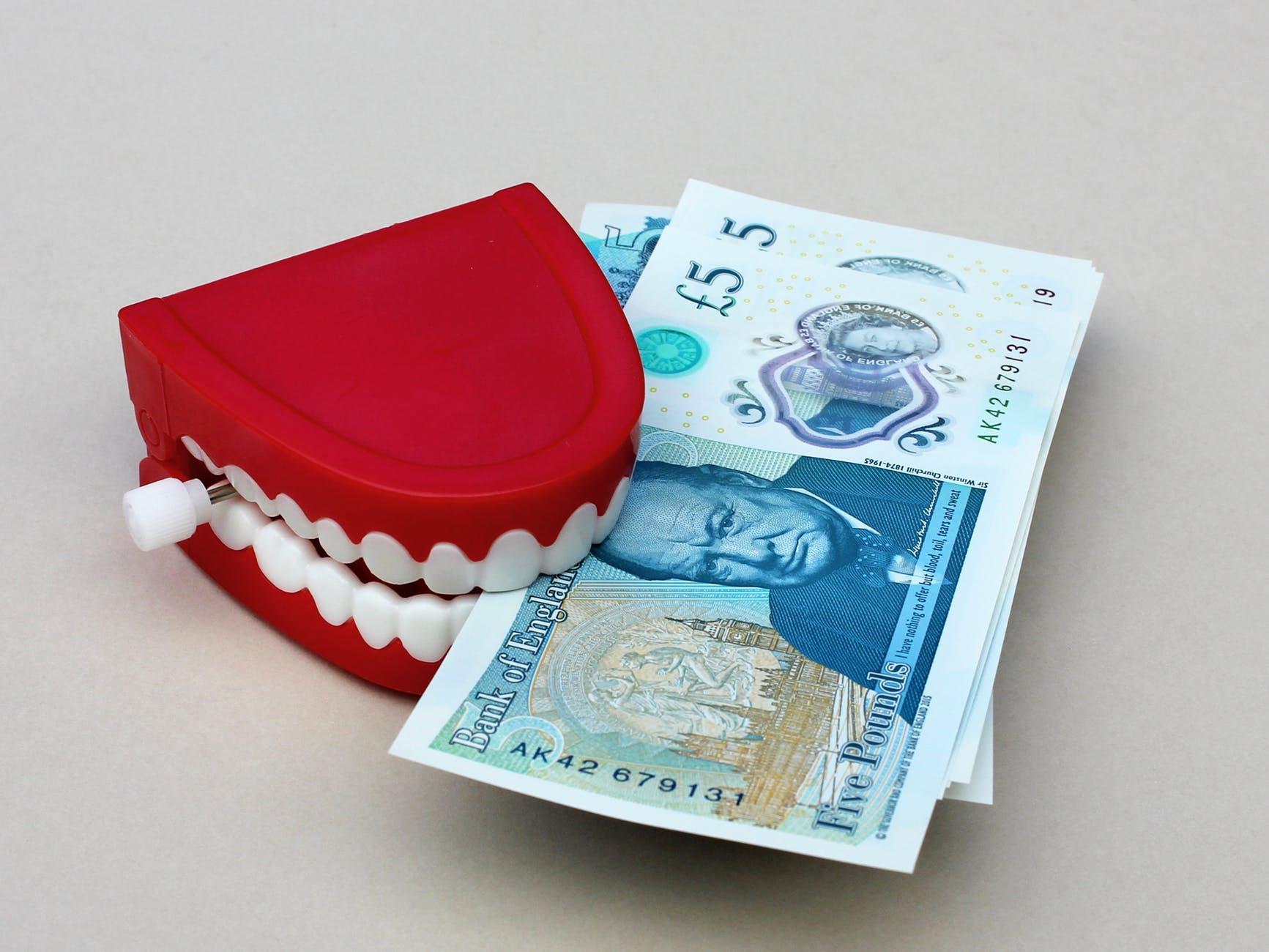 banking bills british cash